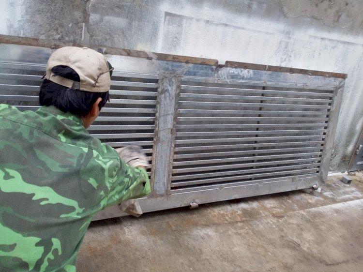 Nghề sửa cửa sắt nỗi khó khổ của người thợ hàn 2020
